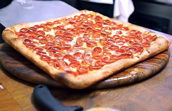 Las Vegas spots offer free slices on National Pizza Day