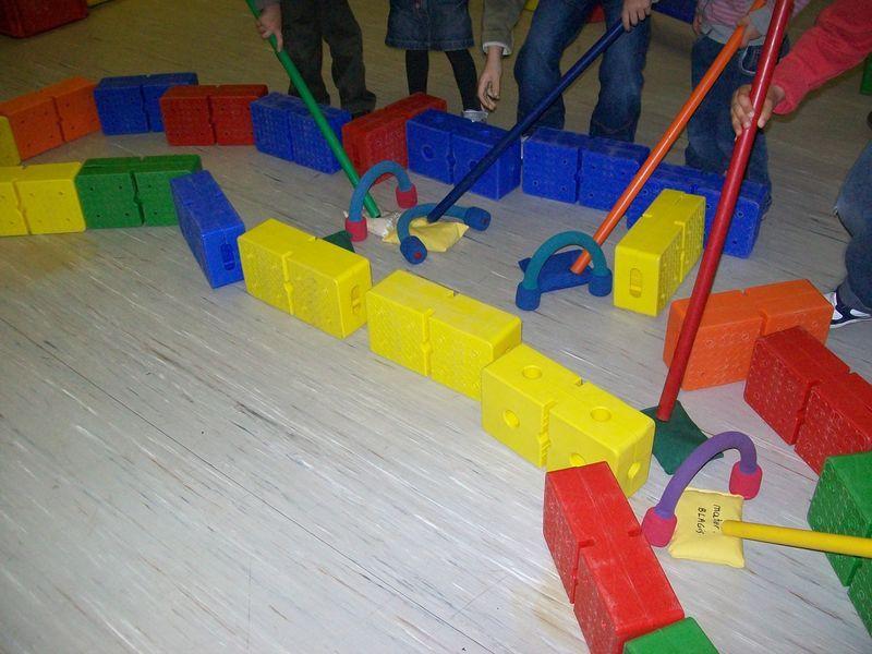 Parcours avec sac de graines jeux enfants pinterest - Parcours du combattant jeu ...