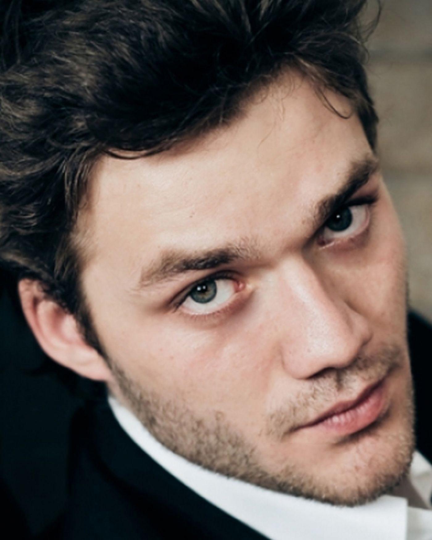 Lorenzo Richelmy - IMDb   Lorenzo richelmy, Marco polo, Actors