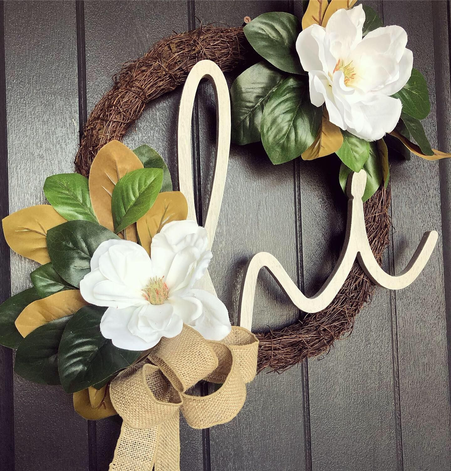 Photo of This adorable hi magnolia wreath is now only $ 58! It comes with a removable sign …