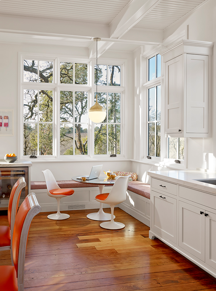 The Pros And Cons Of The Breakfast Nook Kitchen Corner Bench Seating Bench Seating Kitchen Farmhouse Kitchen Design