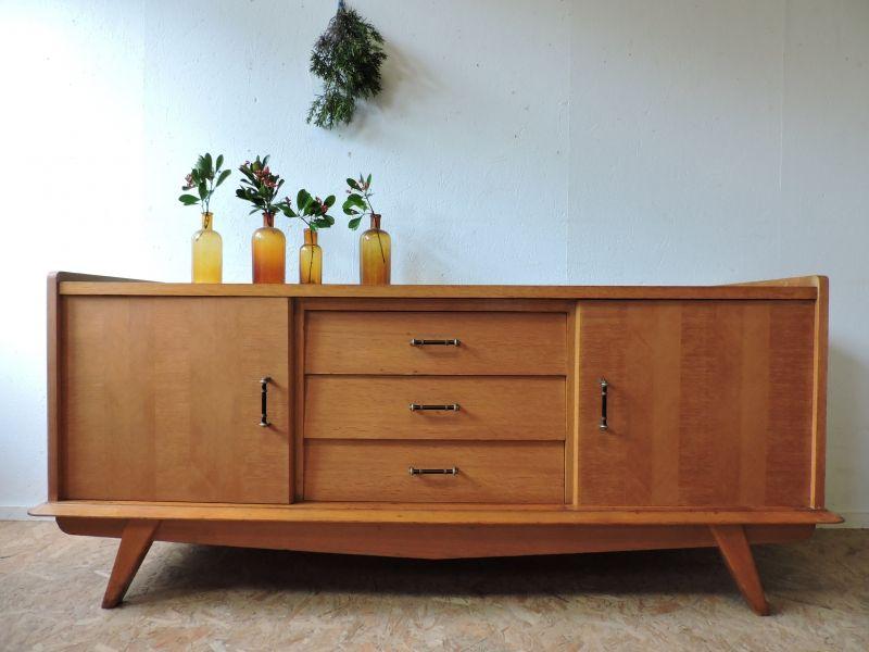 Bahut Chene Des Annees 50 Objet Deco Vintage Mobilier De Salon Deco Design
