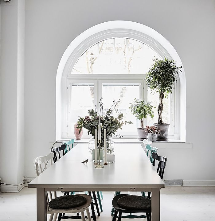 lovely arch window kitchen decorating idea