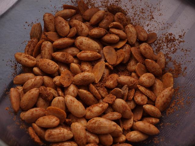 Cayenne spiced almonds