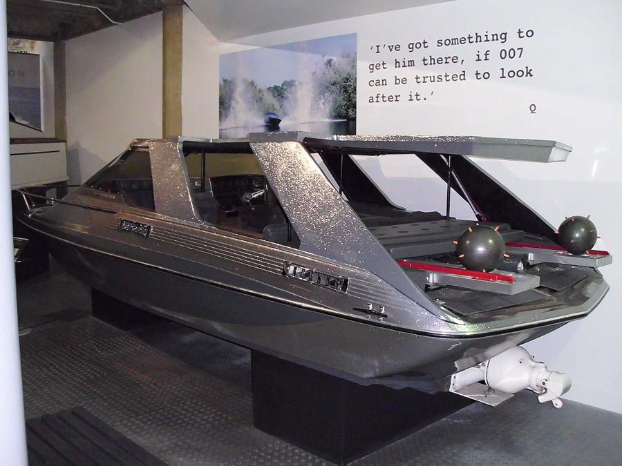 Glastron Boat - James Bond's boat from either moonraker or