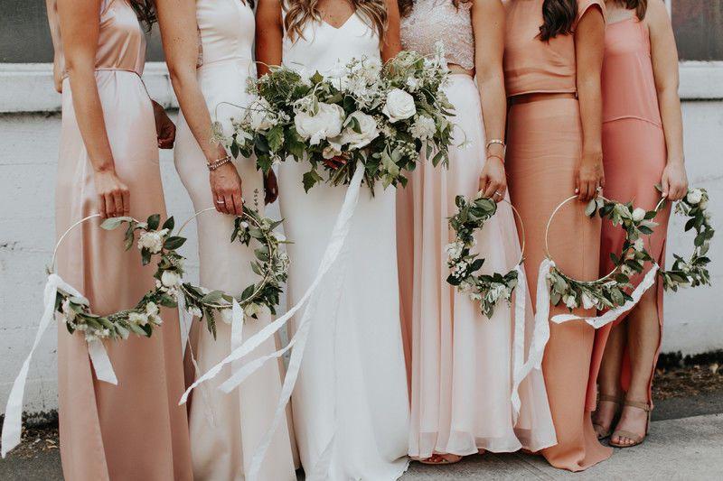 alternative bouquet idea for modern boho wedding + bridesmaids holding wreaths #weddingbridesmaidbouquets