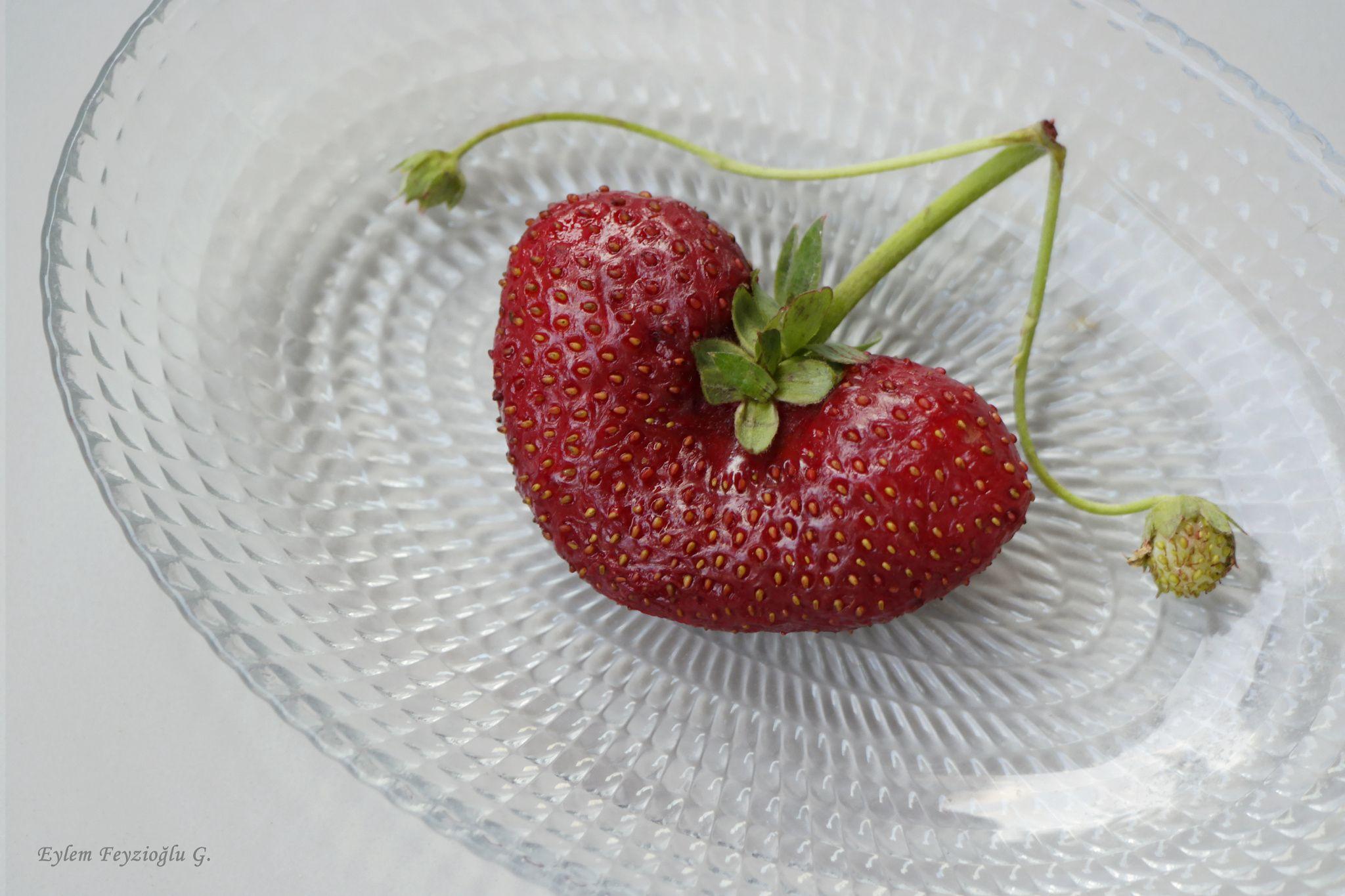 Strawberry Heart By H Eylem Feyzioglu Gezen On 500px