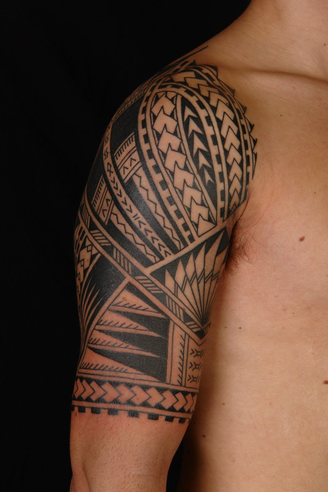 maori polynesian tattoo samoan polynesian half sleeve tattoo mao pinterest samoan. Black Bedroom Furniture Sets. Home Design Ideas
