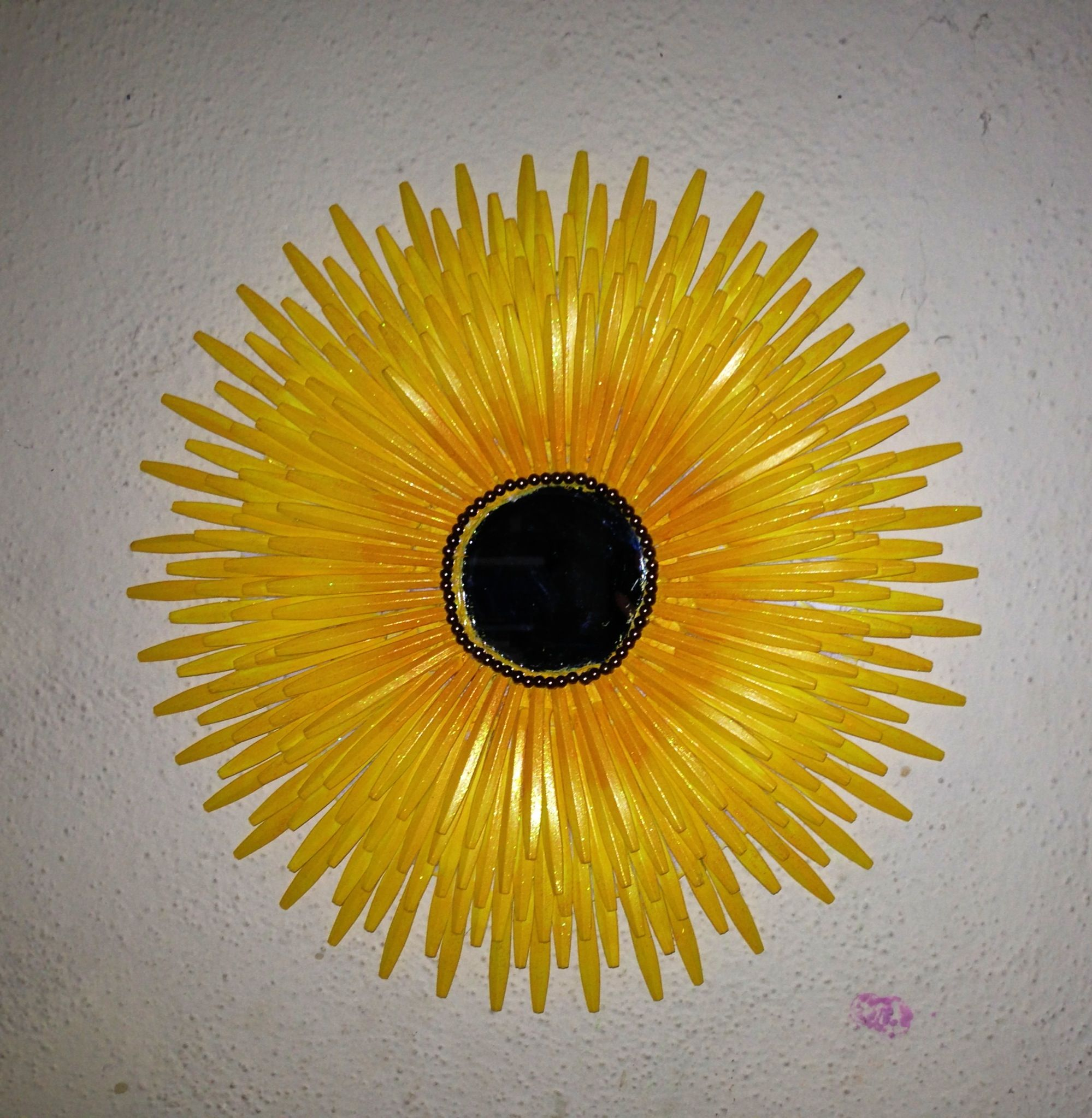 Spoon Mirror Sunburst Mirror Made With Plastic Spoons Interesting Pinterest