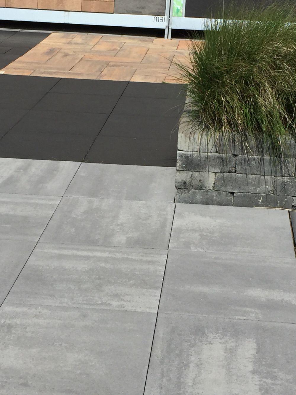 Grijze Grote Tuintegels.Mooie Grijze Tuintegels 60x60 Terrastegels Tuin Ideeen