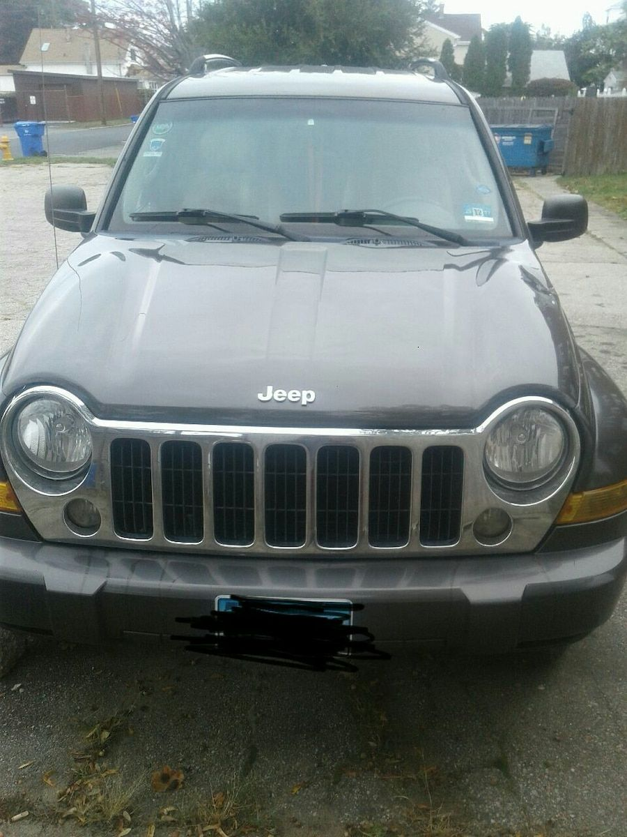 Sold Jeep Liberty 2005 In Pawtucket Letgo Jeep Liberty Jeep Reliable Cars