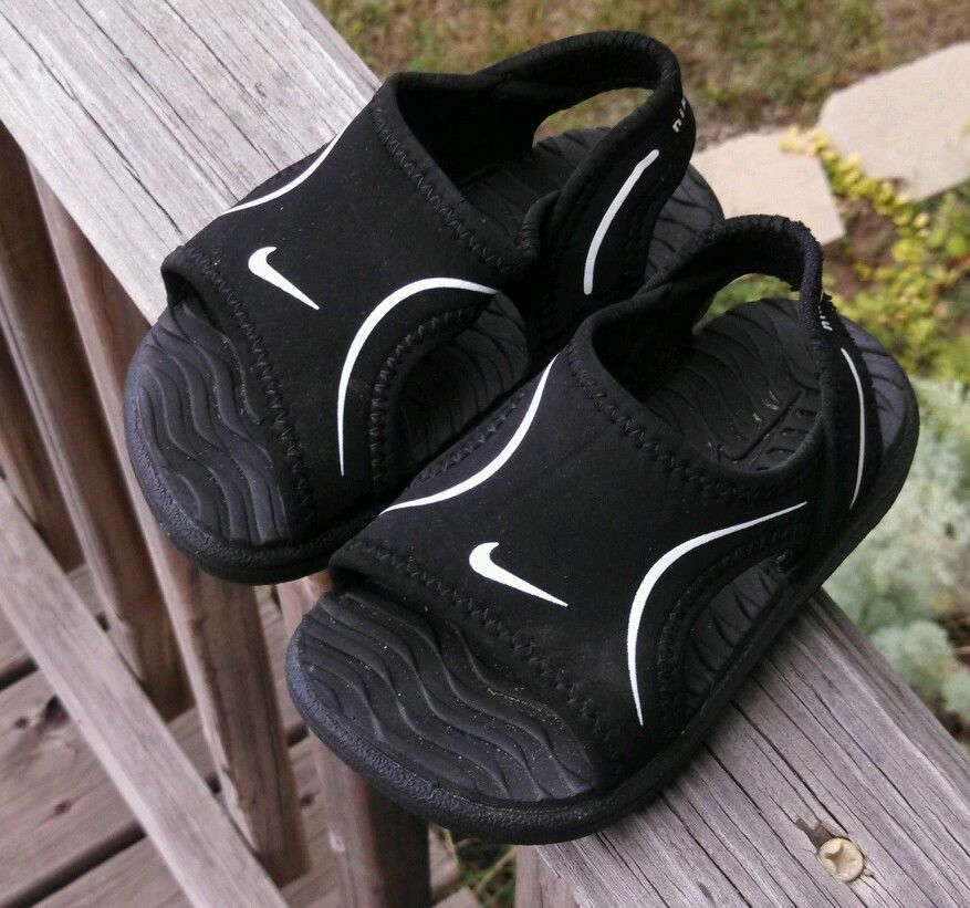 Toddler Nike Play Sandals Size 4 Water