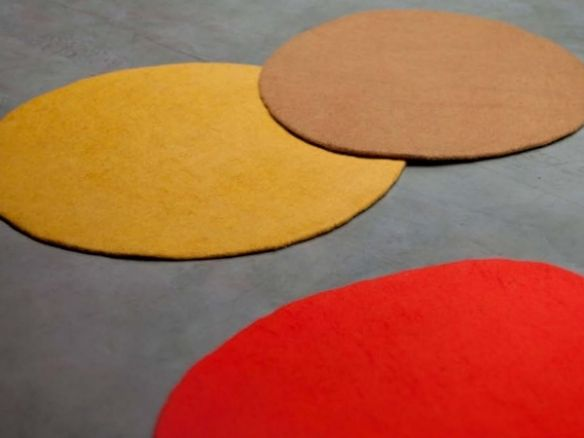 Muskhane Solid Round Rug Collection