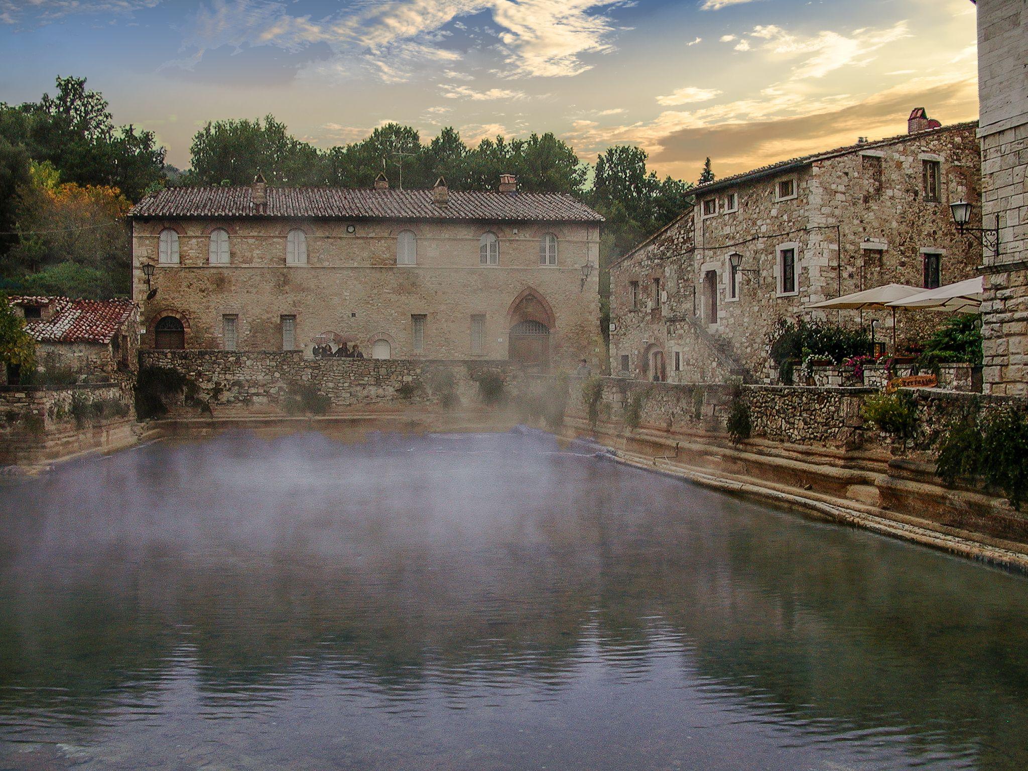 Bagno Vignoni Italy Travel World Cities Tuscany