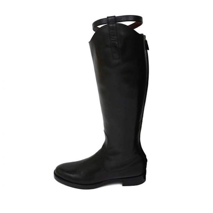 35d169751 Buy your leather riding boots Gucci on Vestiaire Collective, the luxury  consignment store online. Second-hand Leather riding boots Gucci Black in  Leather ...