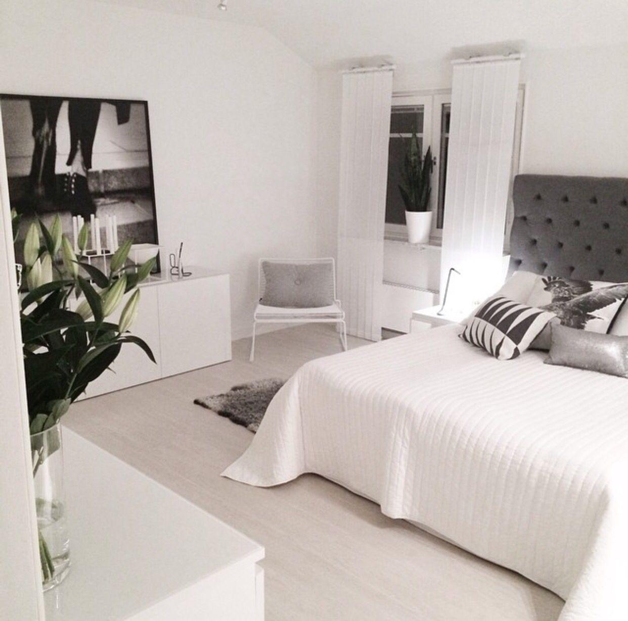 White bedroom kodin sisustus pinterest for Minimalistische wohnungseinrichtung