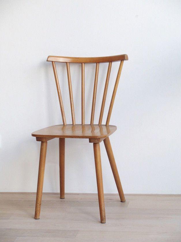 Formschöner Holz-Stuhl, Stäbchenstuhl | Stuhl, Dänisches design und ...