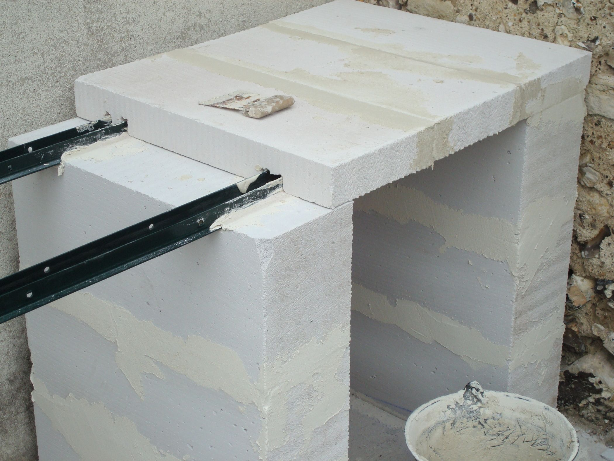 construction d 39 un barbecue sur mesure salamandras parrilla y horno. Black Bedroom Furniture Sets. Home Design Ideas