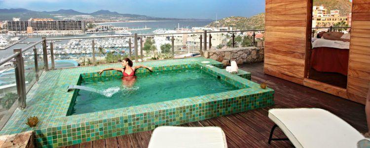 4 razones para traer tu traje de baño a Sandos Finisterra http://blog.sandos.com/piscinas-sandos-finisterra-los-cabos/