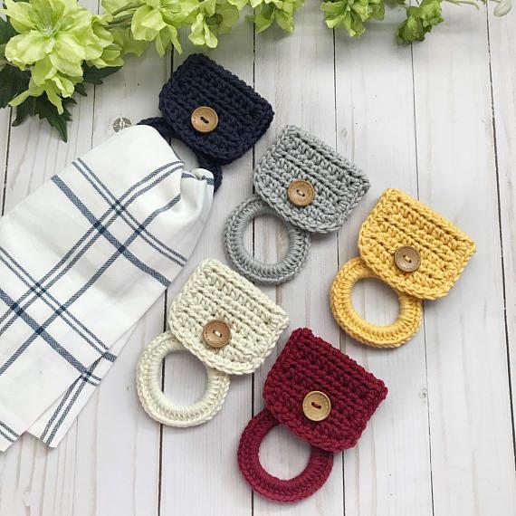 Hanging kitchen hand towel holder • Kitchen gift ideas #handtowels