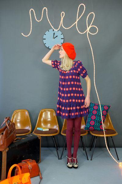 Knielange Kleider - KLEID 'FLOWERS FOR LOVE' - ein Designerstück von Bonnie-and-Buttermilk bei DaWanda