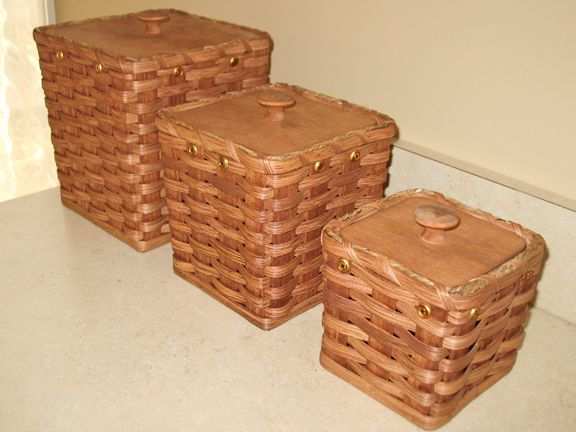 Picture Of Amish Made Basket Canister Set