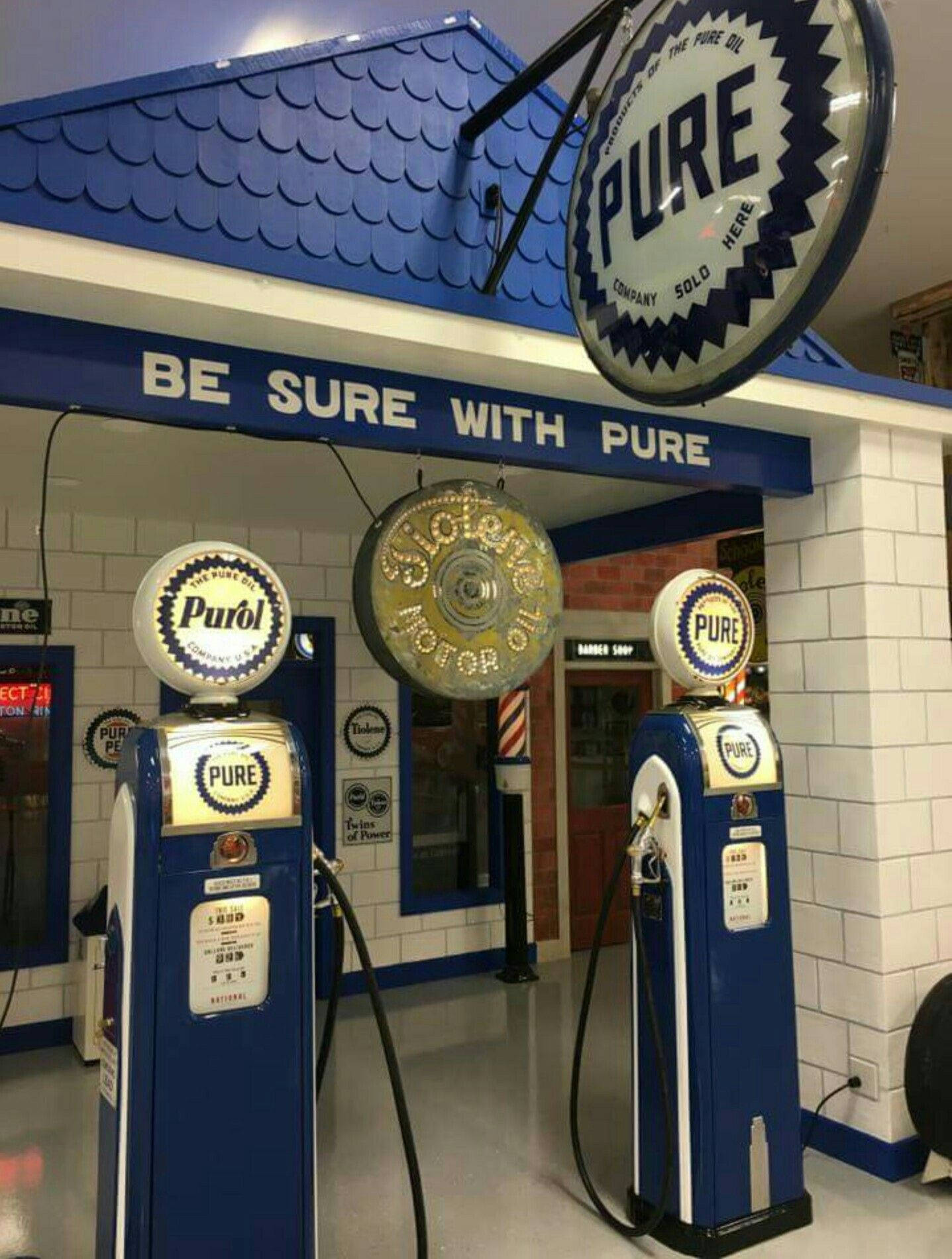 Pure Oil Company Service Station Vintage gas pumps, Old