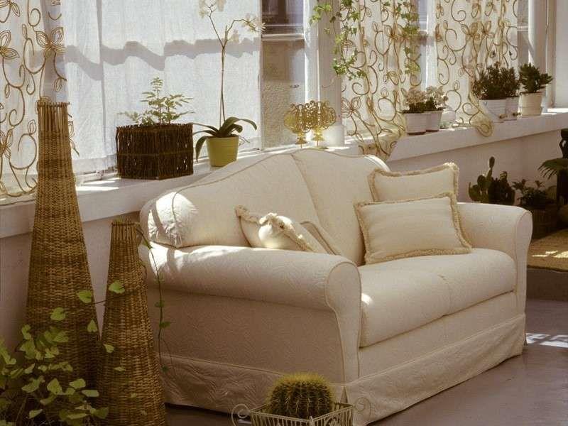 Divano bianco ~ Rinnovare divano fai da te divano bianco rinnovare divano