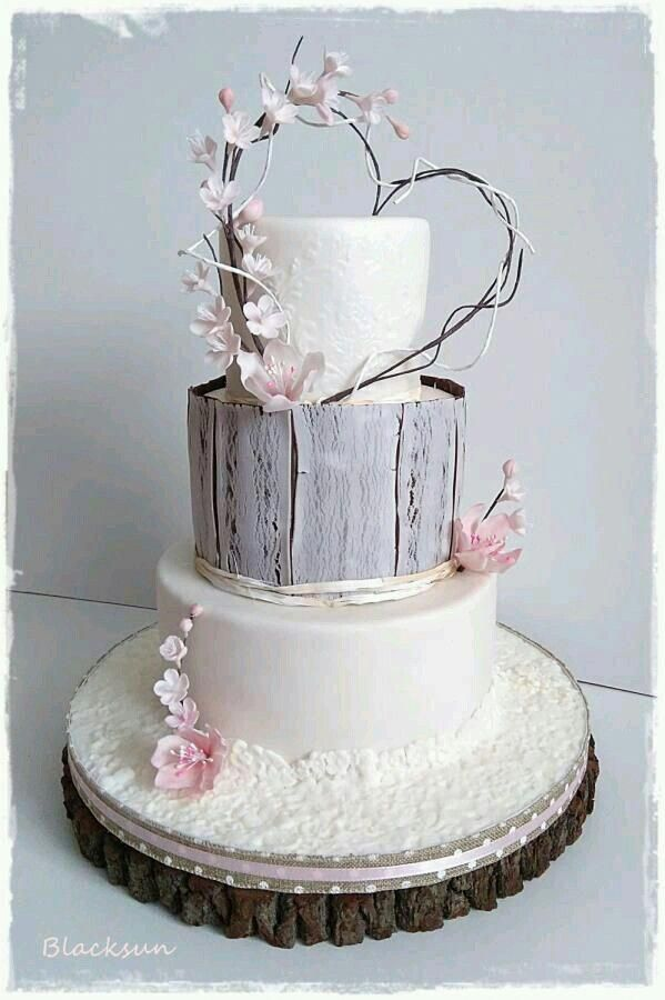 Usually, wedding cakes are is the standard cake being dished up to the guests at the breakfast after the wedding event. It is identified as a huge cake, different from the usual cakes we have on normal occasions. #weddingcakebudget