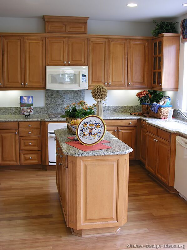 Kitchen Decor Ideas Light Brown Cabinets