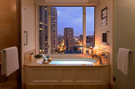 The Peninsula Chicago Chicago Il Five Star Alliance Peninsula Chicago Chicago Hotels Luxury Hotel Bathroom