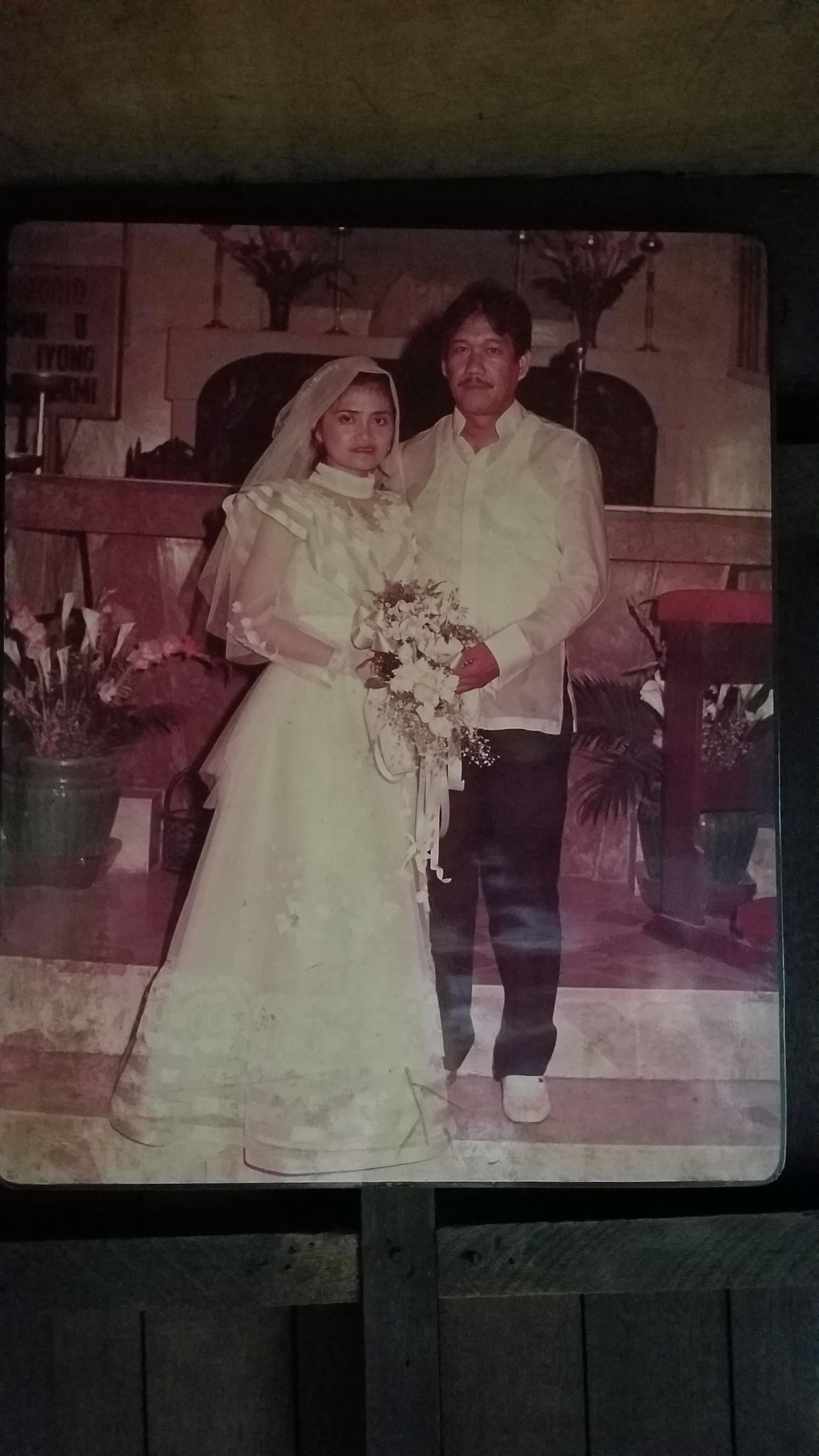 Filipino wedding dress  My parents on their wedding day in traditional Filipino attire