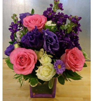 Traditional English Garden Flowers Roses Lisianthus Stock Spray Roses And Asters In Purple And Lavender Des Flower Delivery Flower Arrangements Flowers