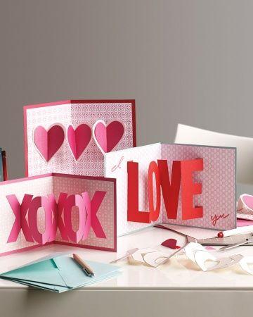 Karten Valentinstag basteln akkordeon faltung