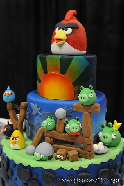Angry Birds Angry birds cake Bird cakes and Angry birds