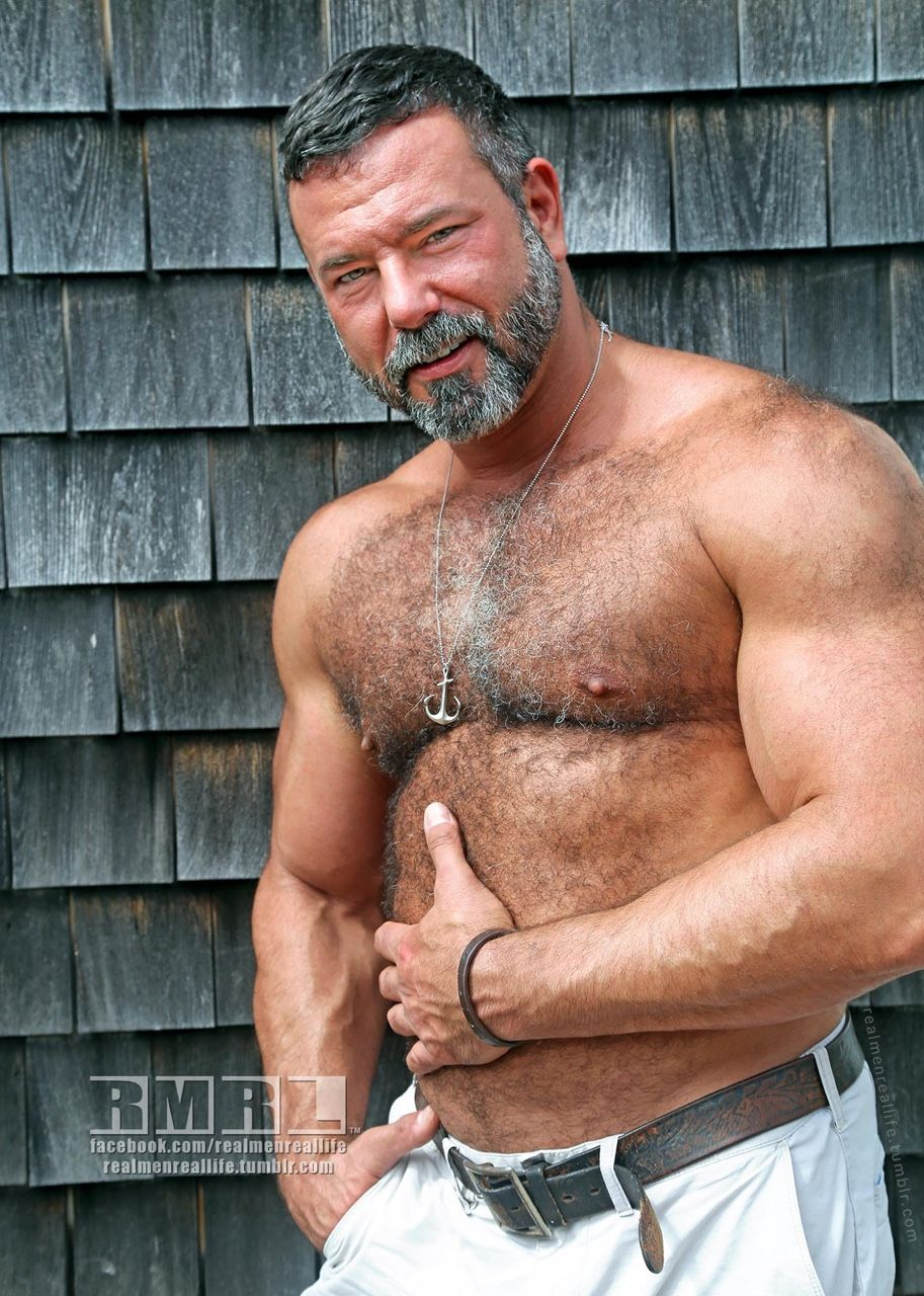 the bear underground archive 7500+ posts of the hottest hairy men