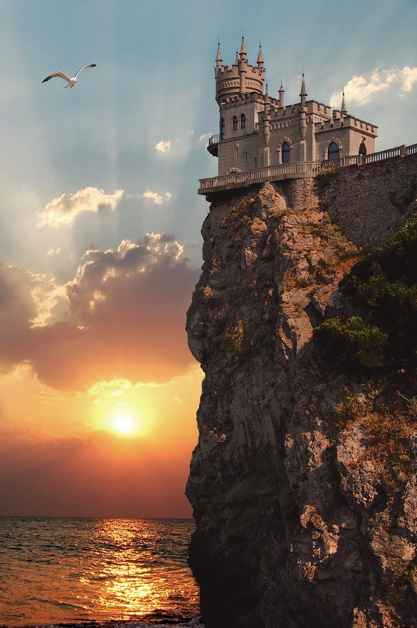 Of The Most Impressive Castles In The World Travel - 12 destinations to see the most beautiful sunsets ever