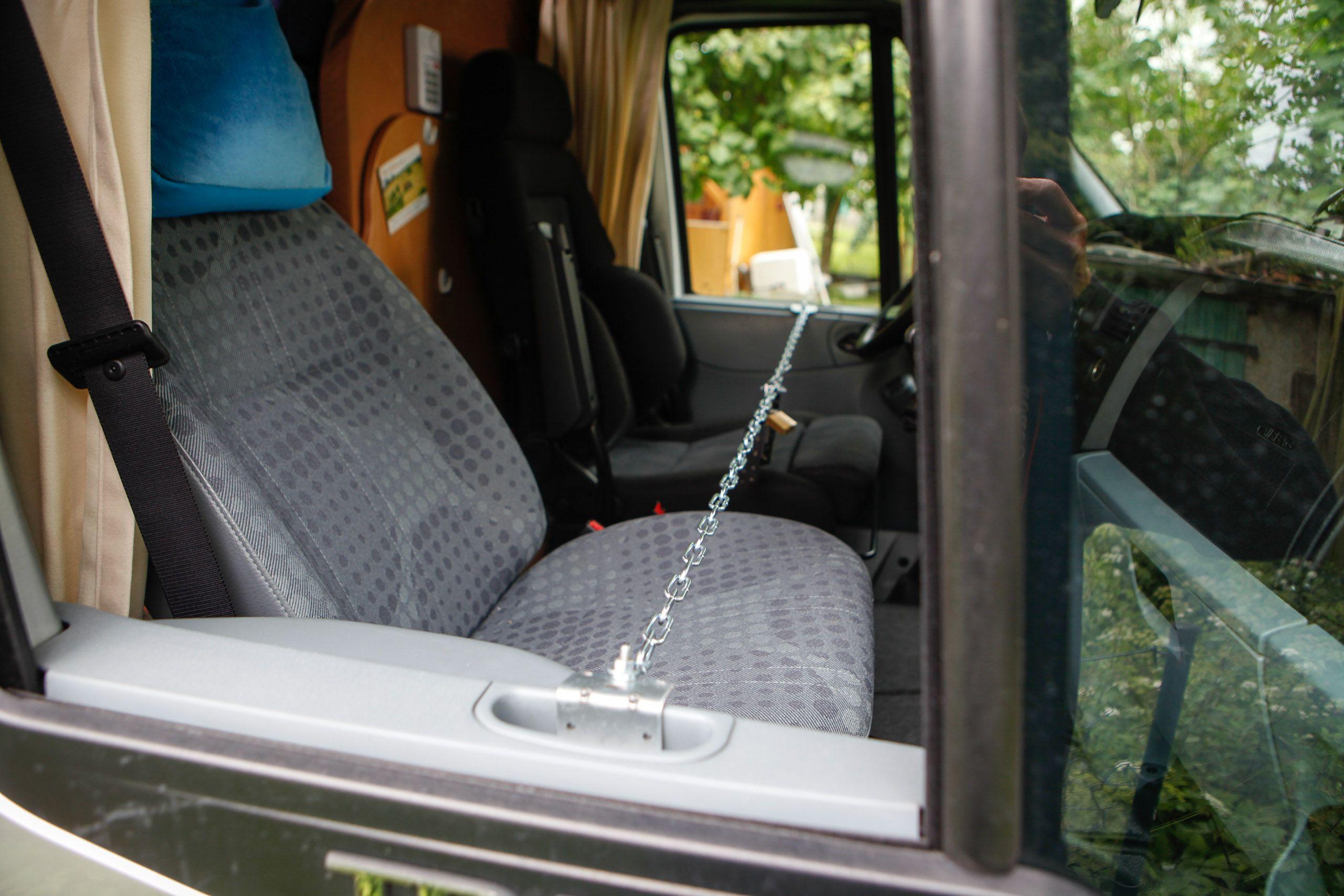 Fahrertürsicherung › Womo.blog  Wohnmobil, Solaranlage wohnmobil