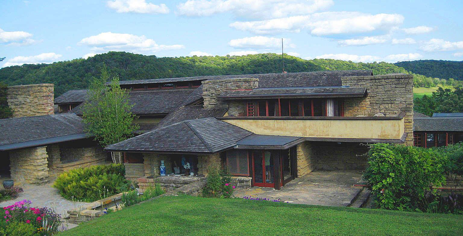 Frank lloyd wright 1911 1925 taliesin near spring for Franks homes