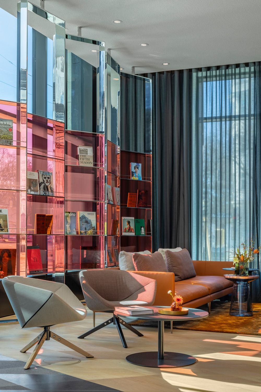 Hotel andaz in schwabing is the district s newest addition for Design hotel schwabing
