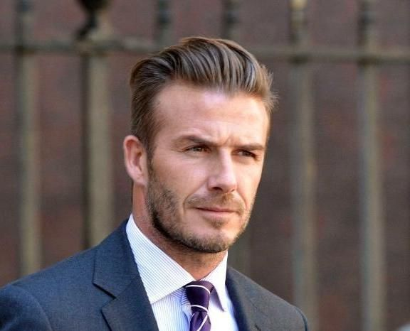 The Many Hairstyles Of David Beckham David Beckham Hairstyle David Beckham Mens Hairstyles