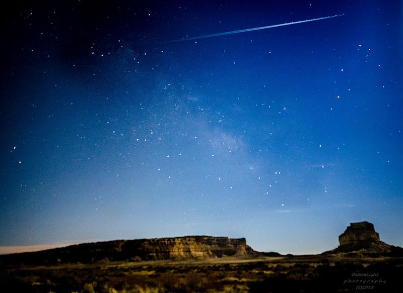 20150407-Milky Way and jet over Fajada Butte.