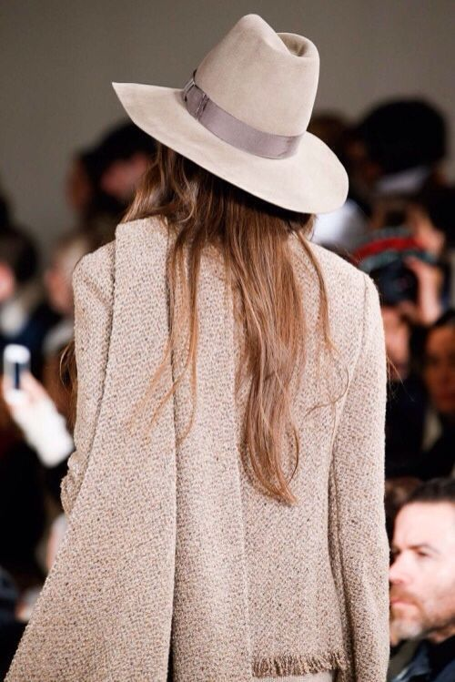 We're digging this monochrome look from the runway.  Love the Hat!