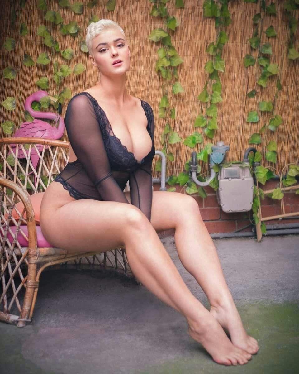 Sexy Stefania Ferrario nude photos 2019