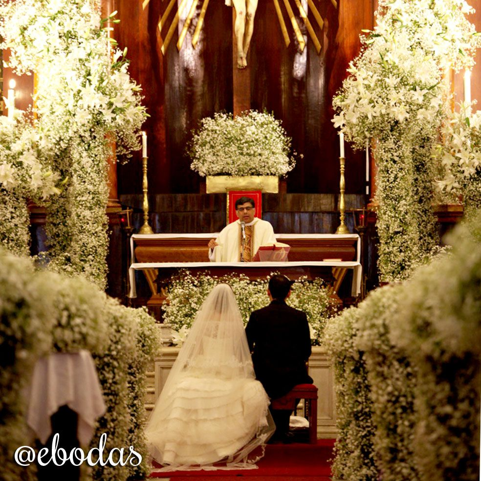 Vintage Wedding Altar Decorations: Hermosa Decoración De Nubes #ebodas #wedding #flowers