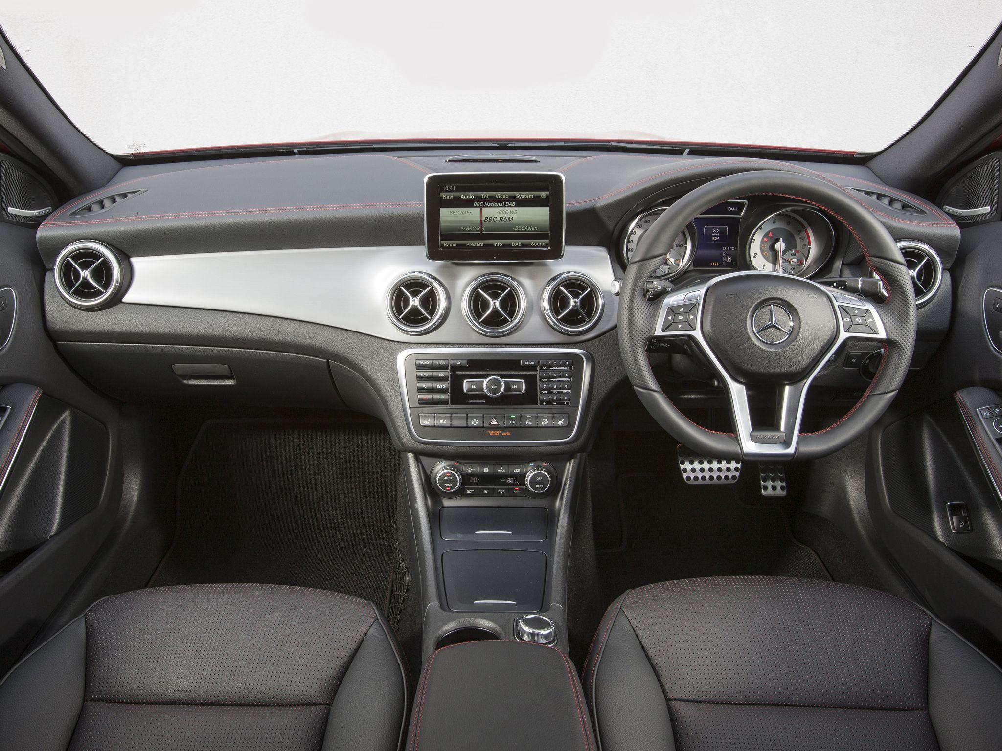 Mercedes Benz Gla 250 4matic Amg Line Uk Spec X156 2014 17 Mercedes Benz Gla Mercedes Benz