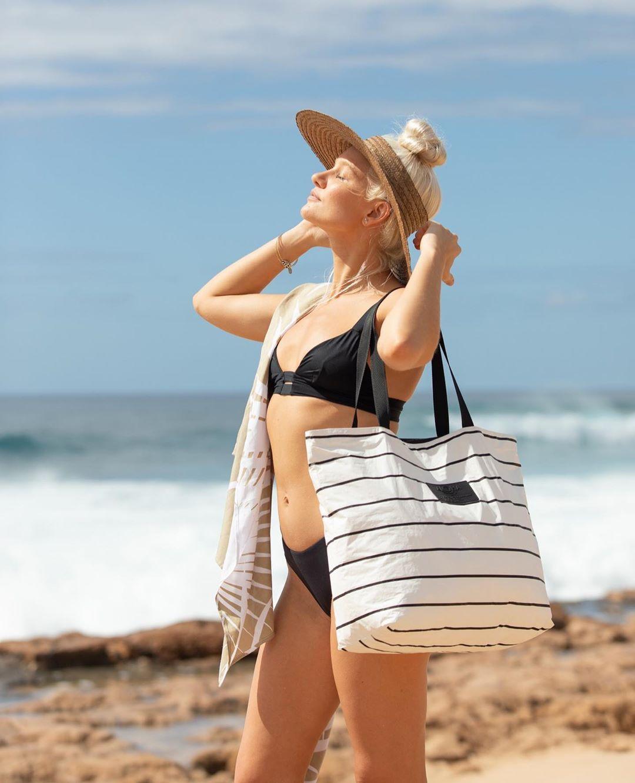 Meet ALOHA Collection Splash-proof bags for all of life's adventures! PC: @alohacollection 🤙🏼🌺🌴 Our best selling bag is back in a whole new way! Say a BIG ALOHA to our NEW Pinstripe Day Tipper Tote!⠀ ⠀ #travellightwithus #alohacollection #splashproof #beachbag 🔥🔥🔥Hawaii Luau Company- Hawaii's Premiere Corporate Event, Luau, Wedding and Entertainment Company.  www.hawaiiluaucompany.com   #hawaiiluaucompany#huakailuau #huakai #hawaii🌺 #mauiisland #bigislandbeaches #bigisland #bigisland