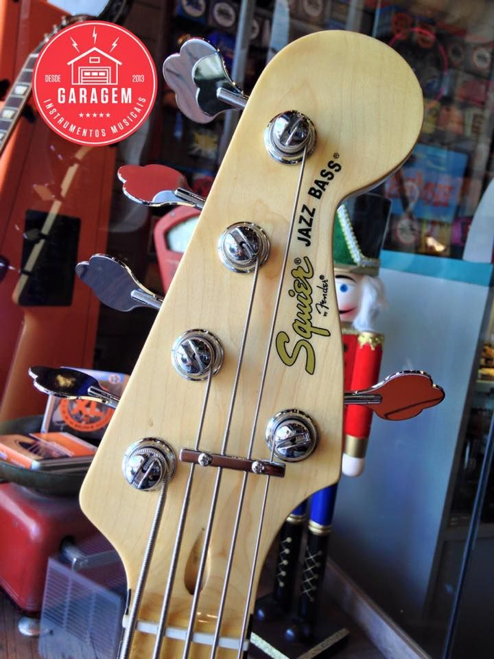 Squier Vintage Modified Jazz Bass 70s Maple Fingerboard Olympic White Squier Bass Guitar Chords Fender Squier