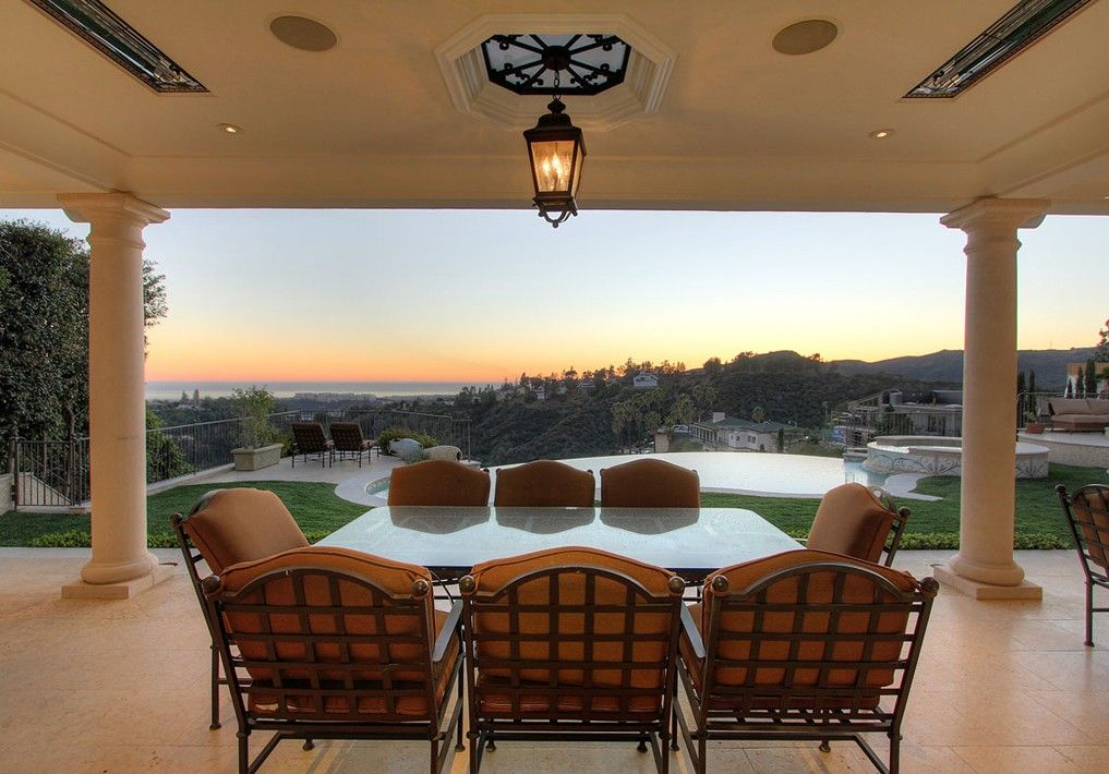 the owners of this los angeles home incorporated infratech heaters