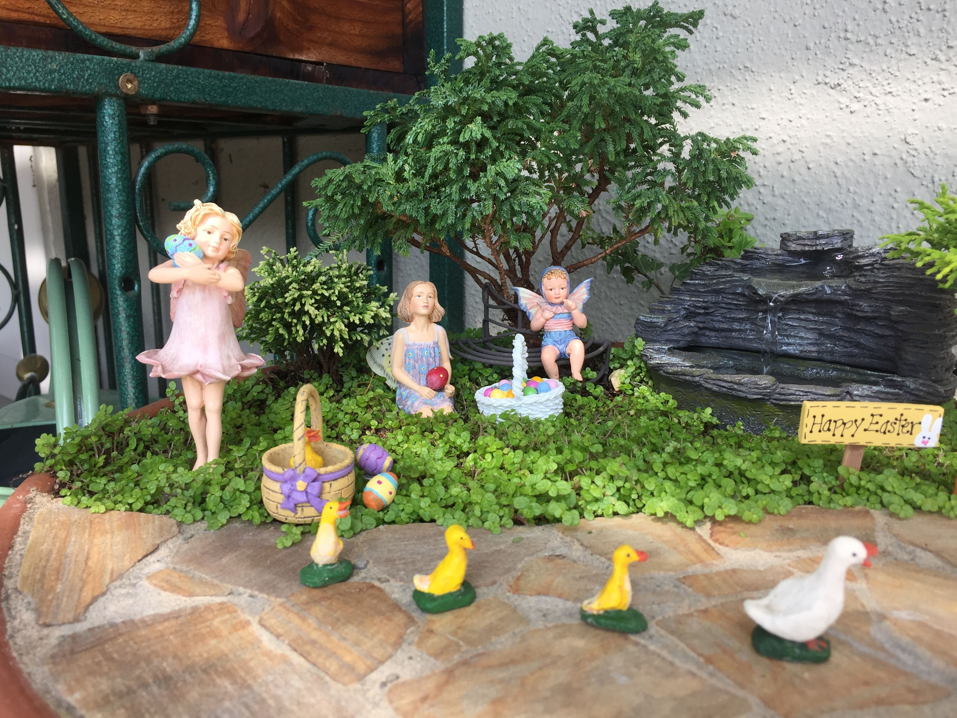 Miniature Fairy Garden   FOUNTAIN OF FAIRIES Has A Shale Water Fountain;  Ivy Sets The